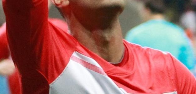 O jogador colombiano não agradou em passagens peos gramados ingleses