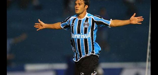 Kléber não mais orá fazer parte do elenco do Grêmio