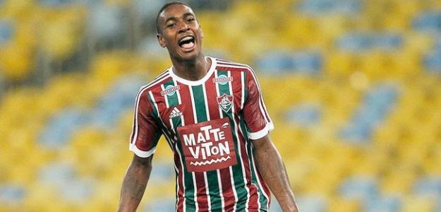 Meia é disputado por clubes como Barcelona, Juventus e Manchester City, mas pode ficar mais algum tempo no Tricolor carioca