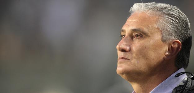 ''Acredito que o Guerrero também gostaria de permanecer. E sei o quanto o presidente Roberto trabalhou para que isso acontecesse'', declarou Tite