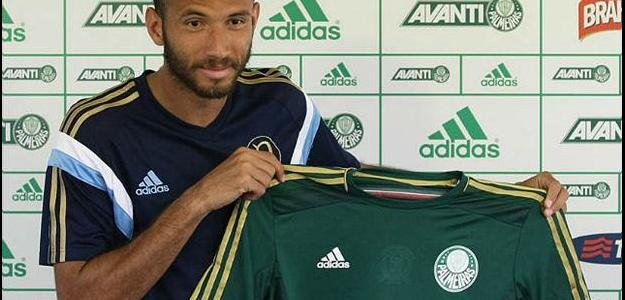 Leandro foi o autor de dez gols no último Brasileiro