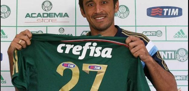 Robinho não cansou de elogiar Oswaldo de Oliveira
