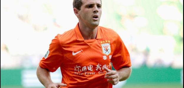 O contrato de Montillo com o Shandong Luneng vai até 2016