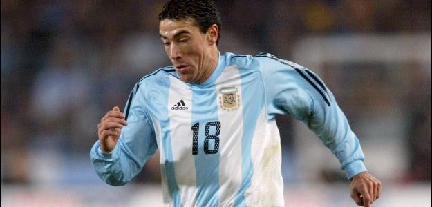 O meia Kily González jogará na segunda divisão da Argentina