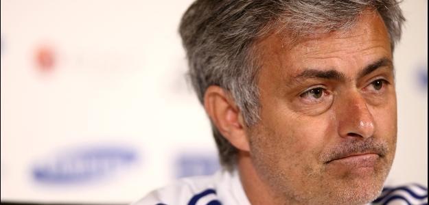 Mourinho se diz satisfeito com o elenco atual