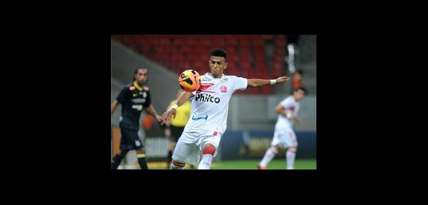 Rogério fez exames e está mais próximo do Botafogo