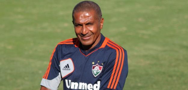 Se for anunciado antes de quinta-feira, o novo treinador gremista já poderá comandar a equipe na partida diante do Figueirense, sábado