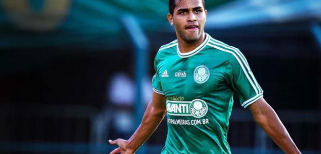 Palmeiras pode perder Alan Kardec