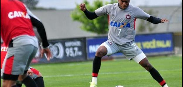 Marcelo logo deve ser oficializado para reforçar o ataque do Flamengo