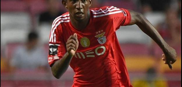Artilheiro do Campeonato Português, Talisca chegou a 9 gols em 10 jogos