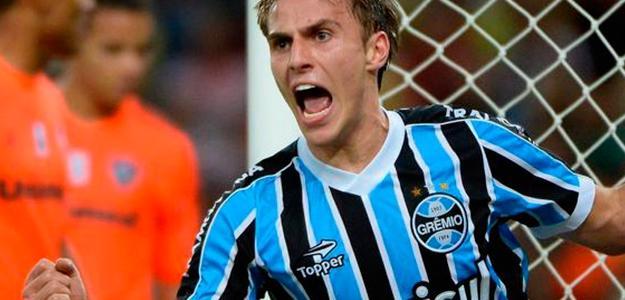 Bressan recebe assédio do futebol do exterior