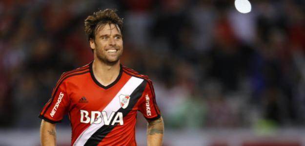 Fernando Cavenaghi revela que fica no River Plate