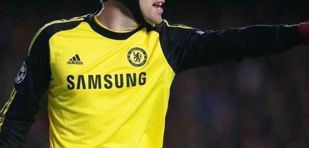 Cech disse que não quer ficar no banco e pode estar de saída do Chelsea