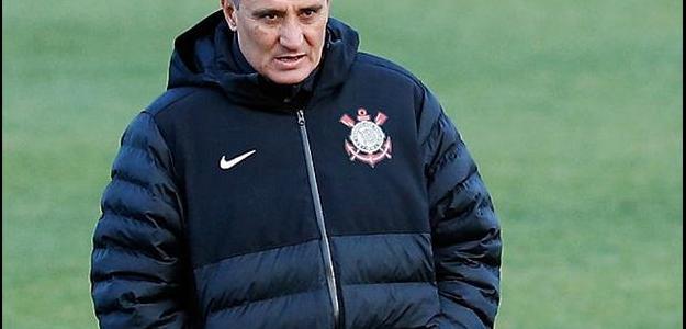 Campeão Mundial com o Corinthians, Tite pode retornar ao clube