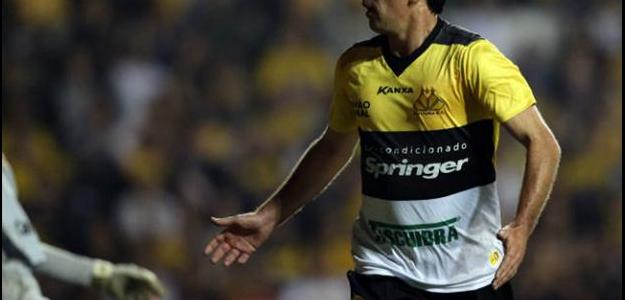 Paulo Baier colecionou títulos nas primeiras passagens pelo Tigre