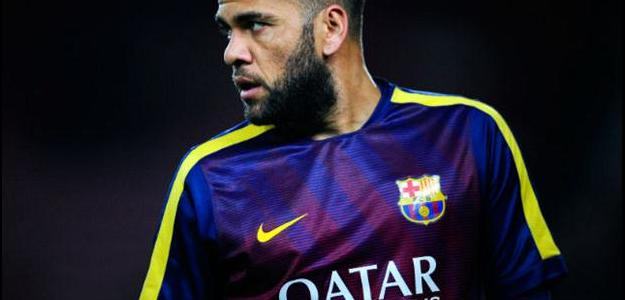 Lateral-direto no Barça, Dani Alves desperta o interesse do Manchester United