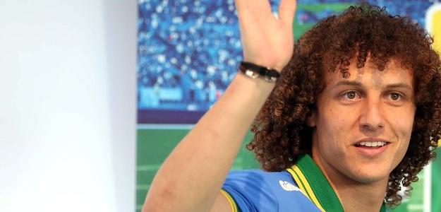 David Luiz deixa o Chelsea para jogar no Paris Saint-Germain