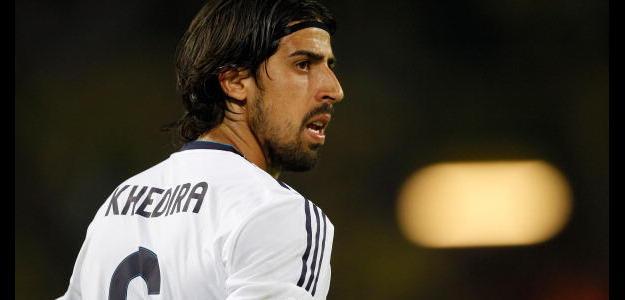Com contrato até junho de 2015, Khedira pode reforçar o Bayern de Munique
