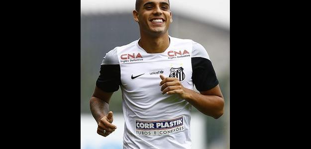 Emerson deve ser emprestado pelo Santos