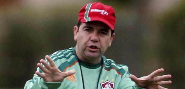 Enderson Moreira tem passagem pelo Fluminense como auxiliar e interino