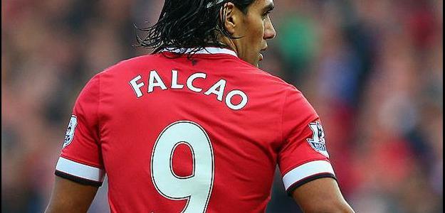Colombiano Falcao Garcia ainda não encontrou seu futebol no Manchester United