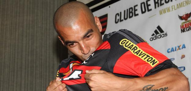 Emerson Sheik nunca escondeu seu carinho especial pelo Rubro-Negro carioca