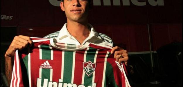 Sobre Renato, de 24 anos, foi escolha de  vice-presidente Mario Bittencourt