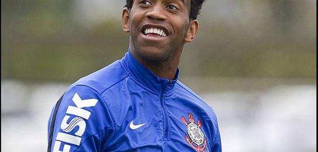 Gil destacou bom momento atravessado com a camisa do Corinthians