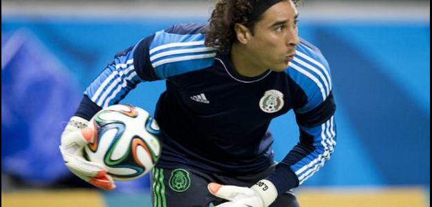 Guillermo Ochoa é alvo do Liverpool para a próxima janela de transferências