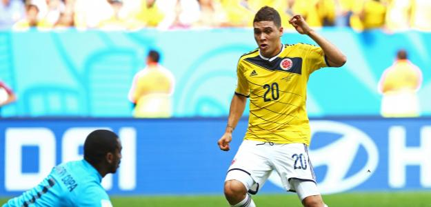 Quintero marcando gol pela Colômbia na Copa do Mundo