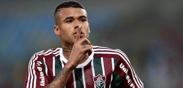 Kenedy  é cria das categorias de base do Fluminense
