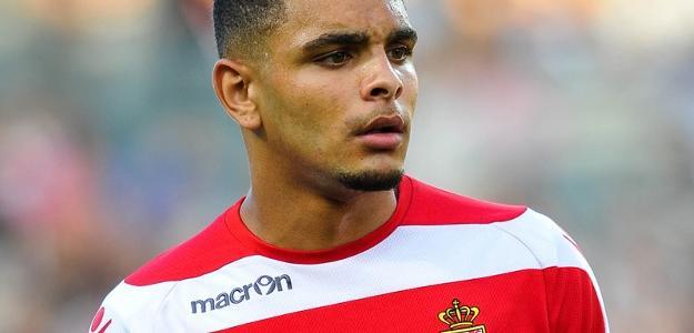 O jogador podera fazer parte do elenco do Manchester City ou do Chelsea