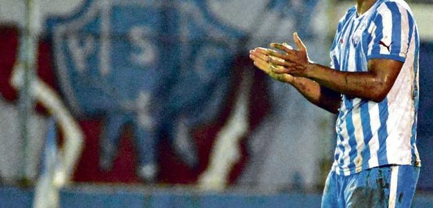 O jogador chegaria para suprir a saída de Bruno Rangel