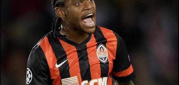 Atacante Luiz Adriano está na mira da Juventus, segundo o Corriere dello Sport