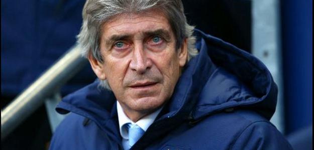 Treinador negou sua saída do clube pelo qual foi Campeão Inglês