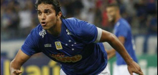 Para Duda Kroeff, Marcelo Moreno deveria permanecer no Cruzeiro em 2015