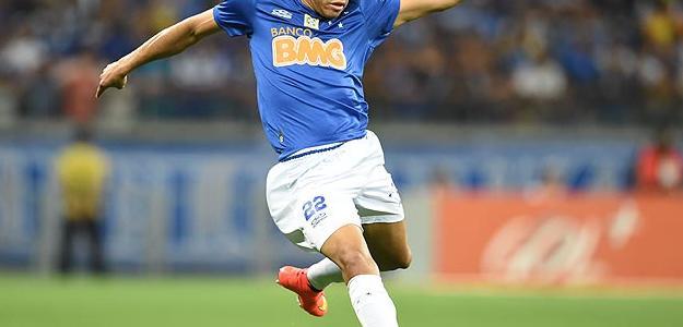 Jornal português destaca interesse do Benfica no jogador do Cruzeiro