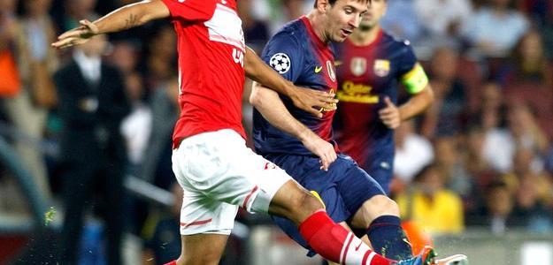 Pelo Spartak Moscou, Rafael Carioca enfrentou o Barcelona, de Messi, pela Liga d