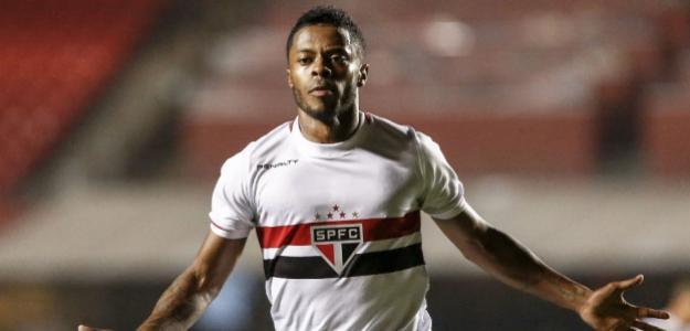 Michel Bastos ficará no tricolor por pelo menos mais dois anos