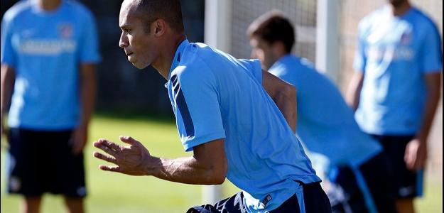 O zagueiro brasileiro permanecerá no clube espanhol