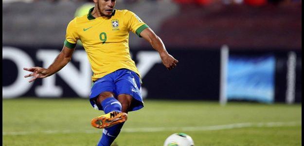 O jogador estava atuando pelo Atlético-PR