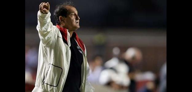 Muricy permanecerá no clube paulista, pelo menos, até 2015