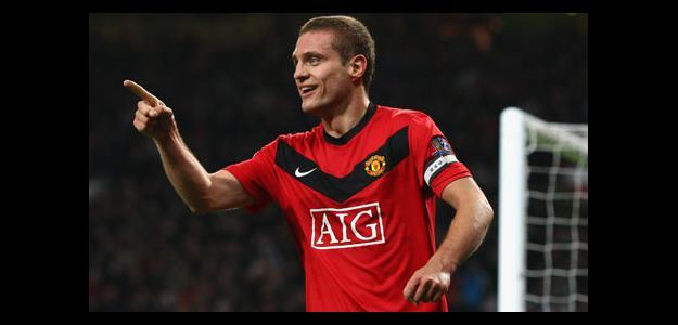 Zagueiro é capitão do Manchester United