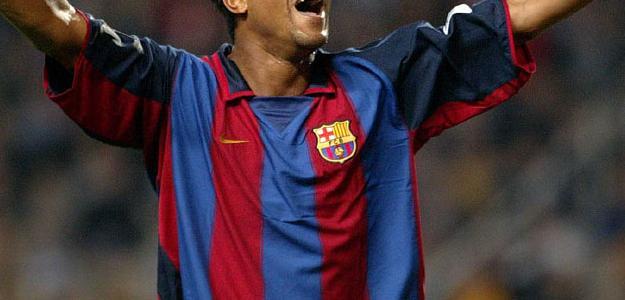 Kluivert foi ídolo em sua passagem de 6 anos pelo Barcelona