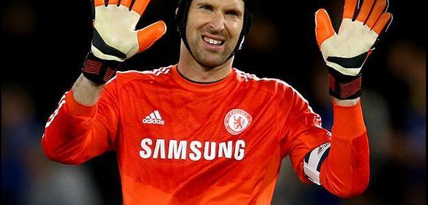 Tcheco Petr Cech mostrou publicamente sua insatisfação com a reserva no Chelsea