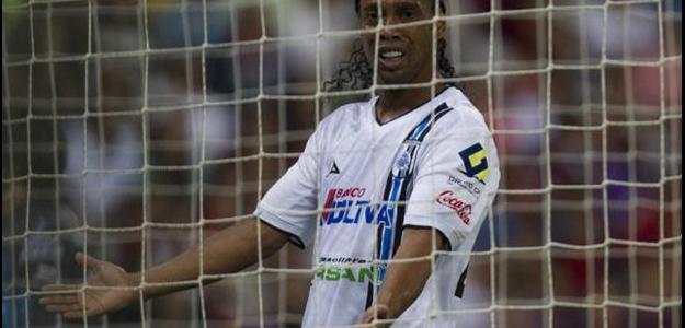 Em oito jogos, Ronaldinho marcou três gols e deu uma assistência pelo Querétaro
