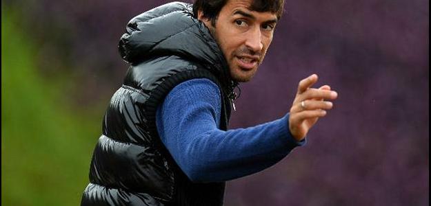 Raúl tornou-se o maior artilheiro do clube espanhol com 323 gols