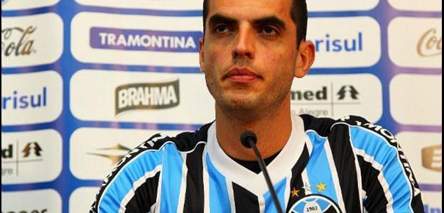 Rhodolfo estaria de saída do Grêmio. Destino seria a Inter de Milão