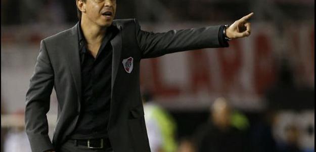 Marcelo Gallardo estuda a contratação de cinco reforços para 2015