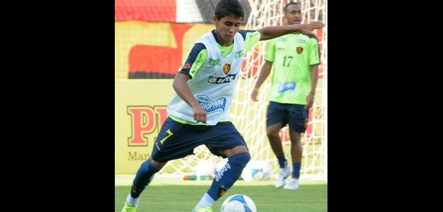 O jovem atleta tem interesse de atuar no futebol do Sul